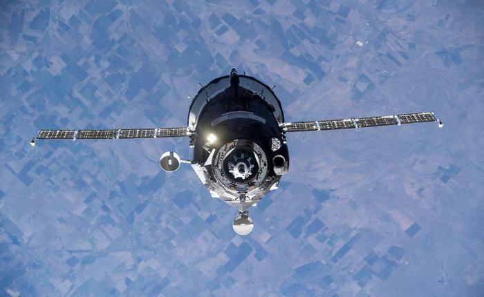 Tàu vũ trụ Nga lại 'đạp nhầm chân ga', bất ngờ tăng tốc đẩy trạm ISS lệch hướng