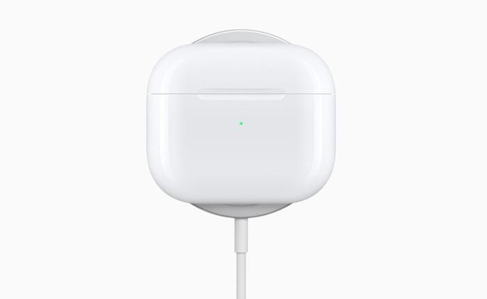 Apple ra mắt AirPods Pro phiên bản mới có hỗ trợ sạc MagSafe, giá 249 USD không đổi