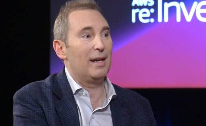 Andy Jassy là ai mà được chọn làm CEO tiếp theo của Amazon?