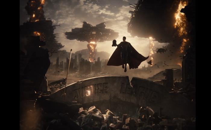 """Siêu máy tính của quê nhà Superman """"spoil"""" cho ta biết phim DC tương lai có thể ra sao"""