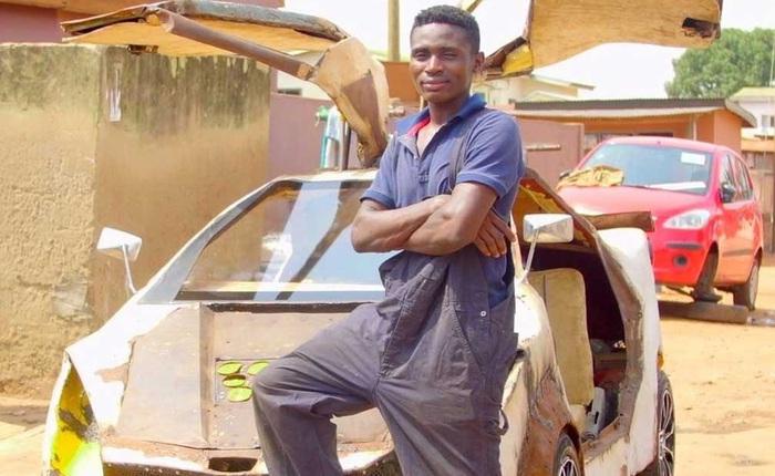 """Ở tuổi 18, """"Elon Musk của Ghana"""" tự tay tạo ra ô tô chỉ từ sắt vụn và chí lớn"""