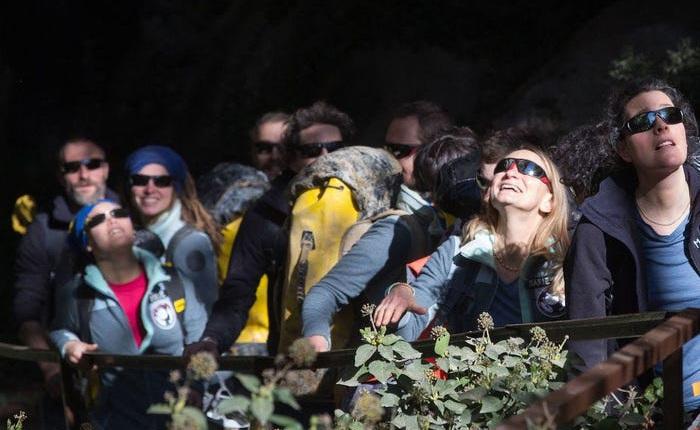 Câu nói đầu tiên của nhóm tình nguyện viên sống 40 ngày trong hang động, không smartphone, không ánh mặt trời: Những ngày qua thật tuyệt!