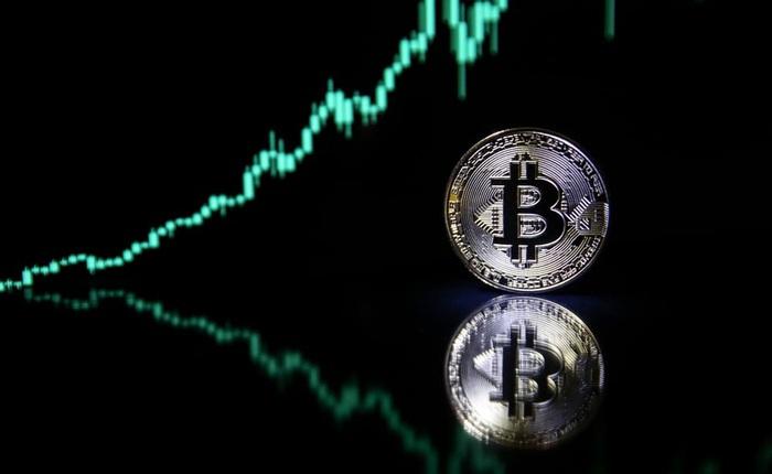 Bitcoin vừa lao xuống dưới 30.000 USD, gần 200 tỷ USD đã được rót vào thị trường tiền mã hóa