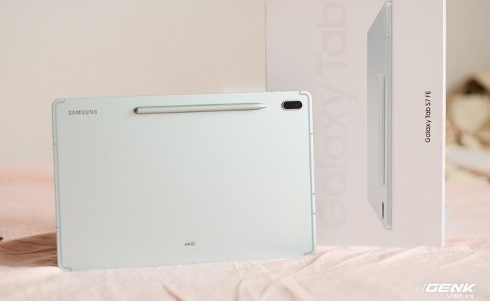 Mở hộp Galaxy Tab S7 FE: Thiết kế vẫn cao cấp, có thêm màu Xanh Mint trẻ trung, cấu hình rút gọn, có kết nối 5G, giá 13.9 triệu đồng