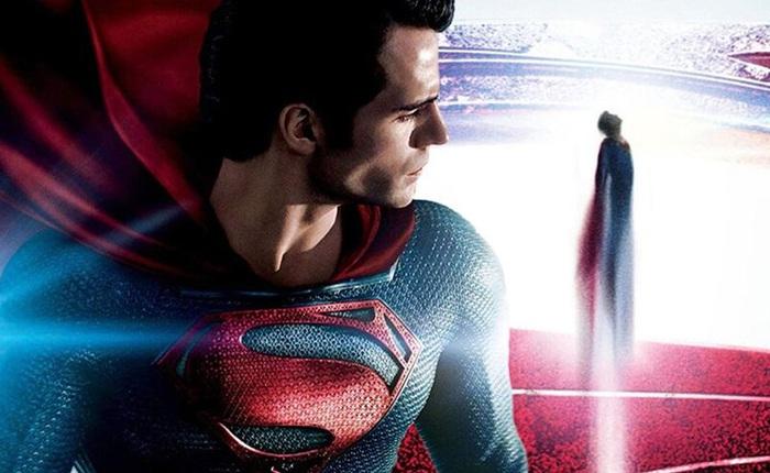 """Bắt lỗi kịch bản Man of Steel một cách ngớ ngẩn, Warner Bros. """"lòi đuôi"""" chẳng hiểu gì về vũ trụ DC"""
