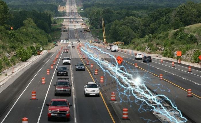 Indiana thử nghiệm đường cao tốc bê tông từ tính để sạc không dây cho xe điện đầu tiên trên thế giới