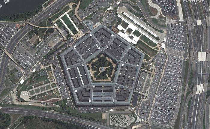 Big Tech kiếm hàng tỷ USD từ cuộc chiến chống khủng bố