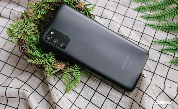 Mở hộp Samsung Galaxy A03s: Smartphone cơ bản với pin lớn 5000mAh, giá từ 3.1 triệu Đồng