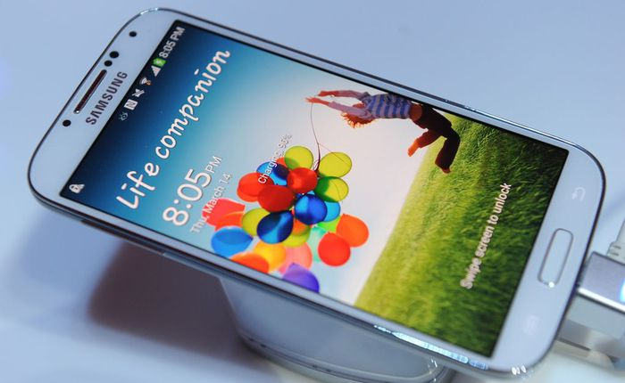 Galaxy S4 được cập nhật phần mềm tăng bộ nhớ trong và có thể quay video chế độ HDR