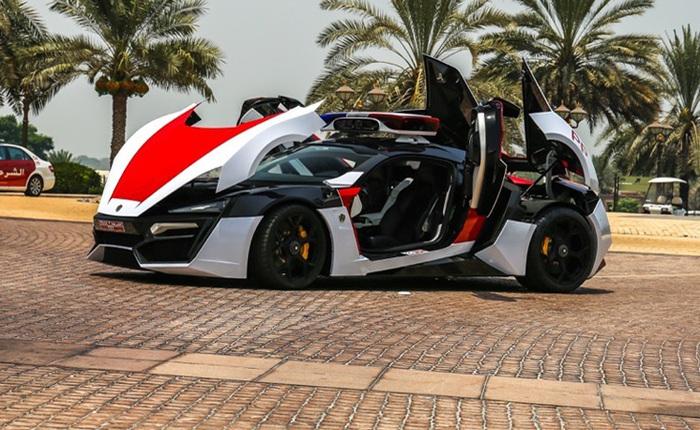 Cảnh sát Các tiểu Vương quốc Ả-rập trang bị siêu xe Fast & Furious 7 với camera Robocop