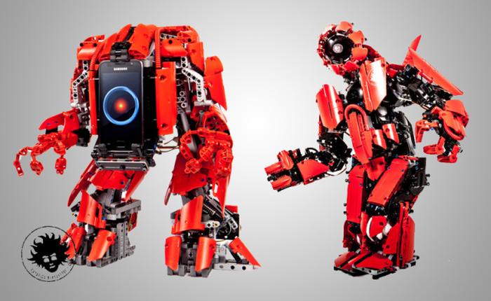 Chế tạo thành công robot LEGO điều khiển bằng hành động thật