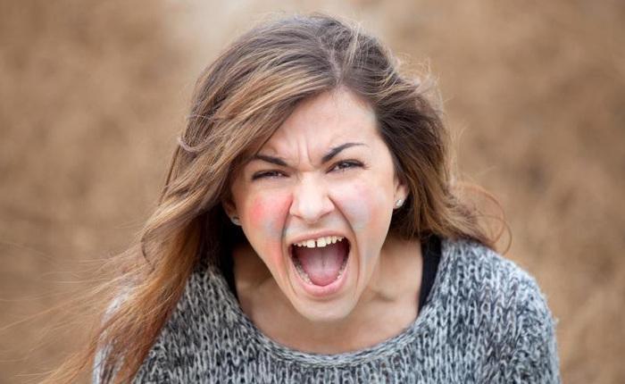 Tại sao cơn đói có thể biến bạn gái bạn thành quái vật? Và cách khiến họ hiền lành trở lại