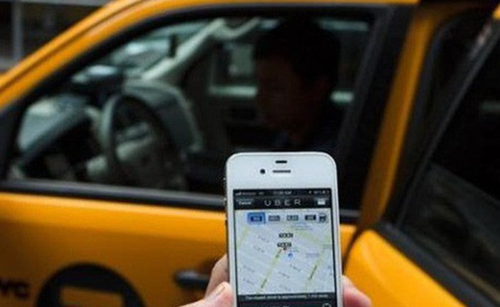 """Sếp FPT: Nếu taxi truyền thống không thay đổi thì họ sẽ """"chết"""" trong Cách mạng 4.0"""