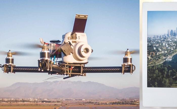 """Góc sáng tạo: Kết hợp máy ảnh """"mì ăn liền"""" Fujifilm Instax cùng Drone, ảnh ra """"chất"""" không tưởng"""