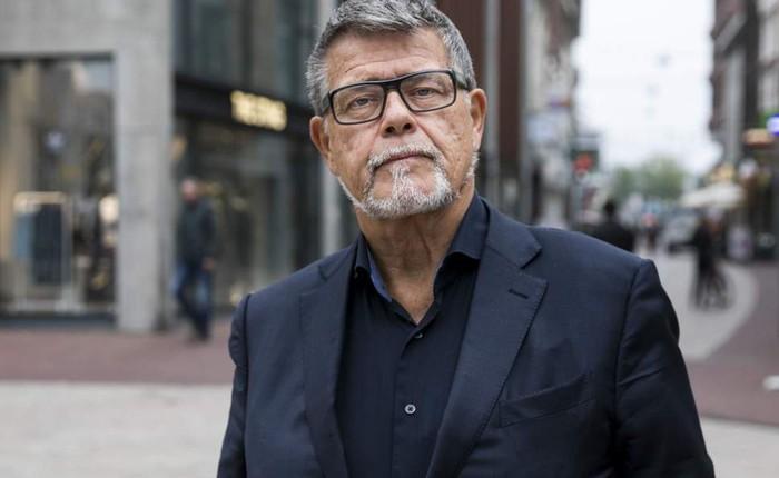 Ông chú 69 tuổi sẵn sàng bỏ lương hưu, đấu tranh xin giảm 20 tuổi để chơi Tinder