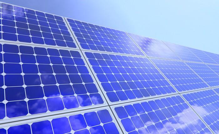 SoftBank và Saudi Arabia xây dựng trang trại năng lượng mặt trời lớn nhất thế giới