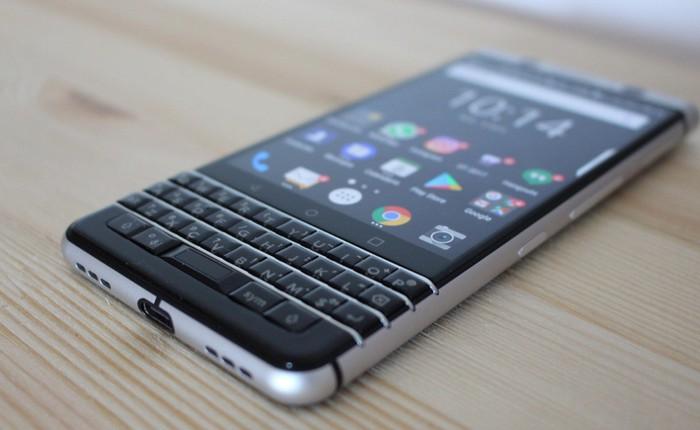 """Lộ ảnh báo chí BlackBerry KeyTwo """"Athena"""", nhiều điểm giống KeyOne"""