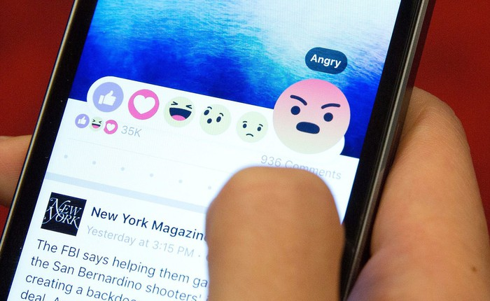Phẫn nộ trước bê bối rò rỉ dữ liệu, nhân viên Facebook người yêu cầu được chuyển bộ phận, người nghỉ việc