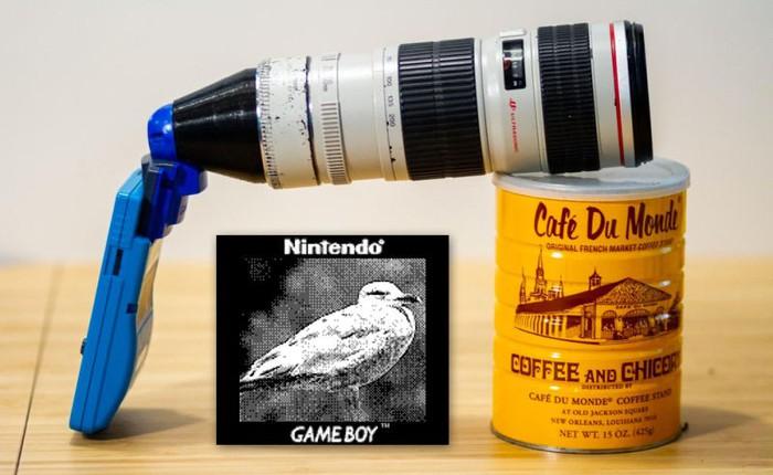 Bạn có biết: GameBoy Camera từ 2 thập kỷ trước khi gắn lens khủng của Canon vào có thể chụp được cả ảnh Mặt Trăng và xoá phông cơ đấy