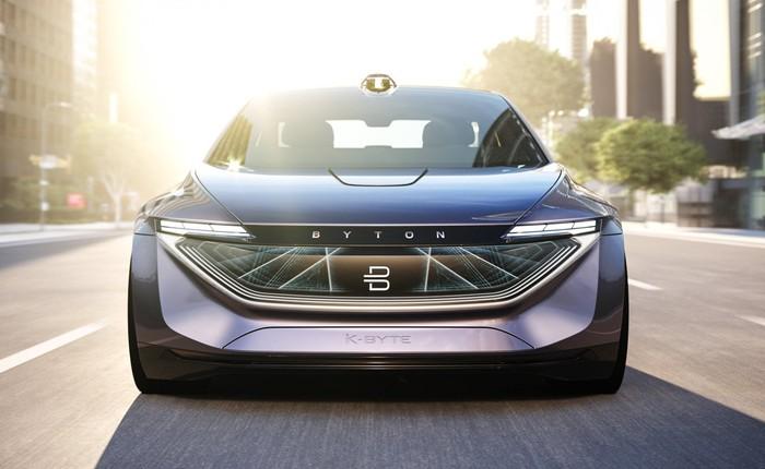 Startup xe điện Trung Quốc thiết kế xe theo phong cách iPhone nhằm cạnh tranh với Tesla