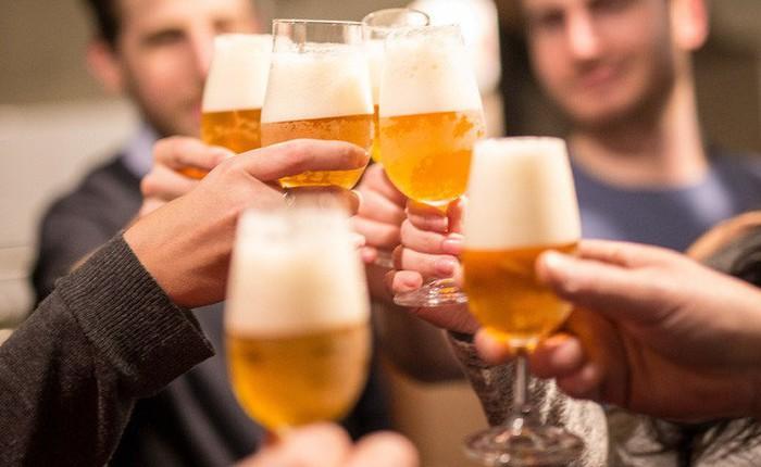 Nghiên cứu: Uống bia, rượu dù ít hay nhiều vẫn có tác hại rất xấu đến sức khỏe