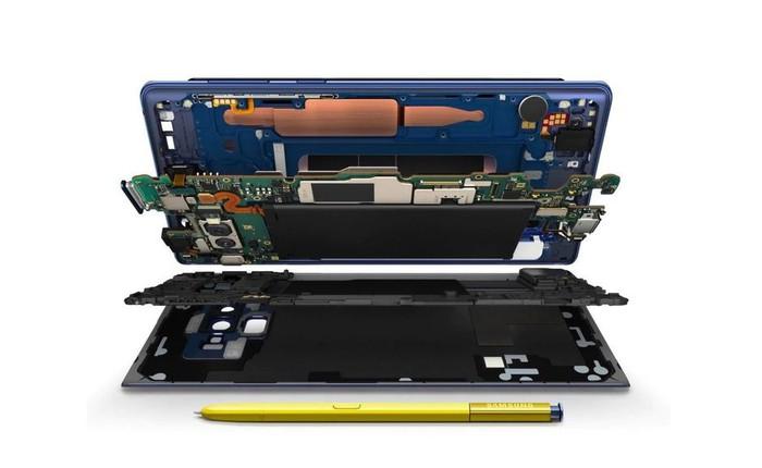 Mệt mỏi vì bị chất vấn về hệ thống tản nhiệt của Galaxy Note9, Samsung đăng đàn chỉ cho tất cả thấy carbon ở đâu