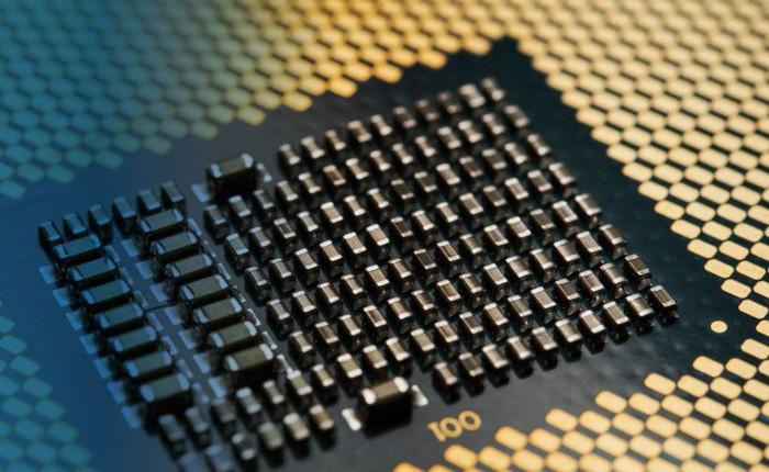 Intel: chip 10nm trên desktop còn lâu mới chết