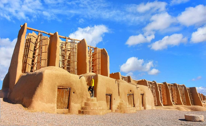 """Hệ thống cối xay gió lâu đời nhất thế giới của người Iran đã 1.000 năm tuổi vẫn chạy """"êm"""""""