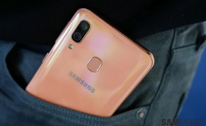 Hết kiểu đặt tên, Samsung sắp bán Galaxy A01 với camera kép, pin 3.000 mAh, do công ty Trung Quốc sản xuất
