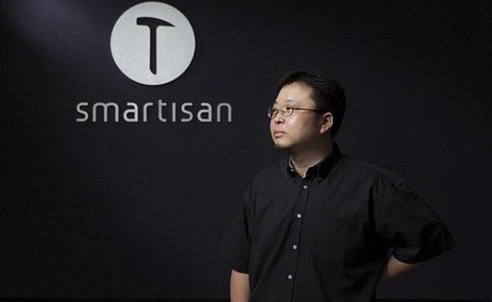 Nhà sáng lập hãng smartphone Trung Quốc khoe khoang sẽ mua lại cả Apple, nhưng vừa bị chính quyền cấm đi tàu điện, máy bay vì nợ