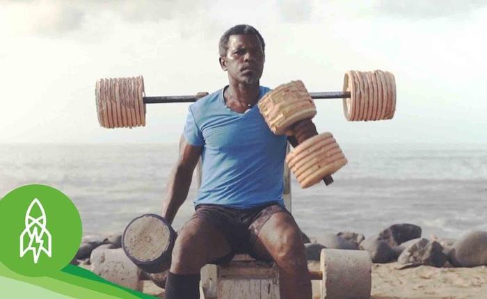 Chuyện người đàn ông xây phòng gym miễn phí từ rác biển