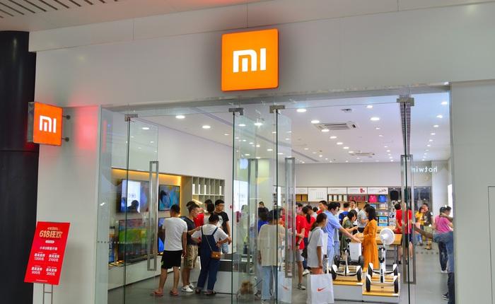 Khô máu với Huawei, Xiaomi mở cửa đồng loạt 100 cửa hàng tại Trung Quốc