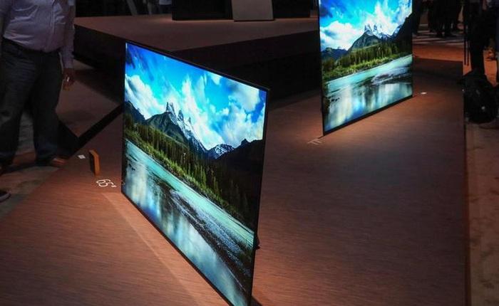 Samsung đang tiến gần hơn bao giờ hết tới công nghệ TV QD-OLED, hứa hẹn sẽ là đối trọng đáng gờm với TV OLED của LG