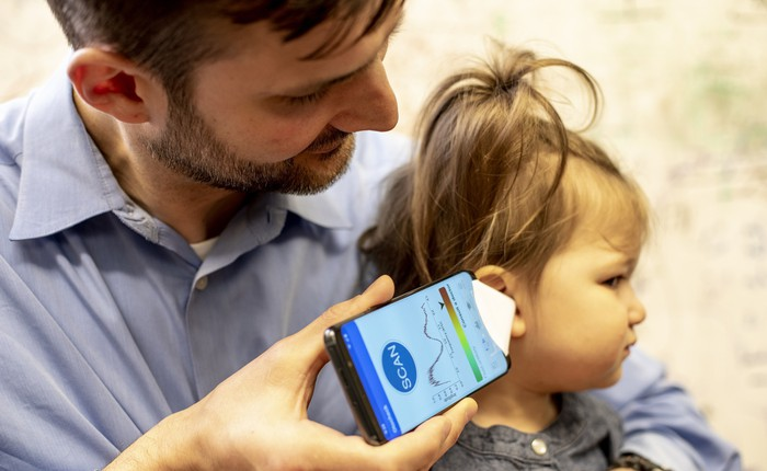 Ứng dụng điện thoại giúp chẩn đoán bệnh viêm tai giữa tại nhà