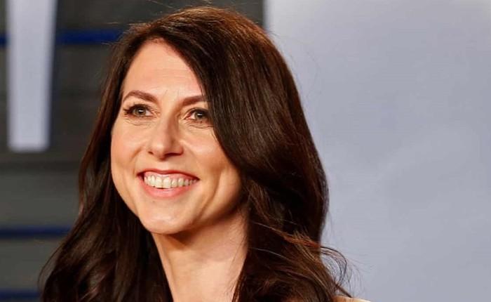 Vợ cũ CEO Amazon Bezos làm từ thiện một nửa số tài sản sau ly hôn