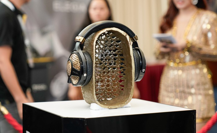 Cận cảnh tai nghe trị giá gần 3 tỉ đồng tại Headphile Show 2019