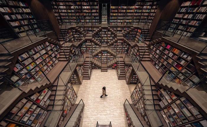 Cách bài trí gây ảo giác của nhà sách Trung Quốc khiến du khách lú lẫn như lạc vào mê cung
