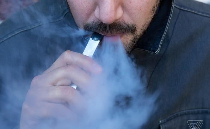 Ghi nhận người hút thuốc lá điện tử đầu tiên tử vong vì căn bệnh phổi bí ẩn