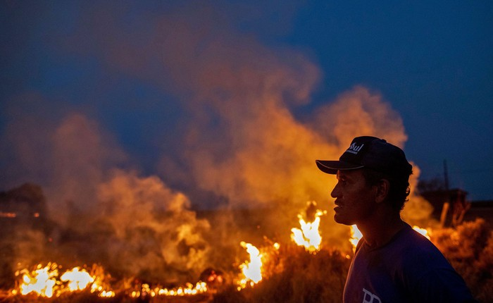 Rừng Amazon vẫn đang cháy với tốc độ tương đương 110 sân bóng mỗi giờ