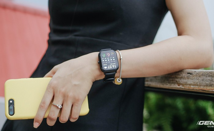 """Trên tay chiếc """"Apple Watch"""" của Xiaomi, giá 3.6 triệu đồng"""