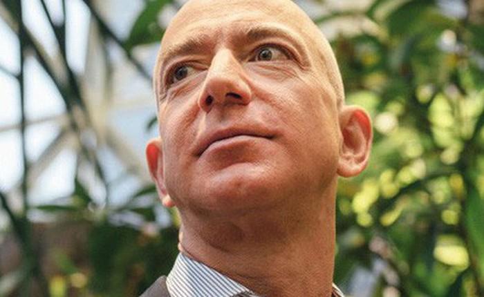 4 quyết định kinh doanh lớn nhất của người sáng lập Amazon
