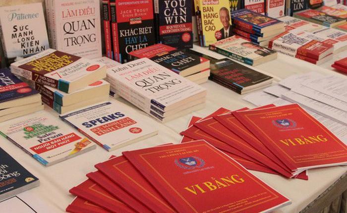 """First News tố Lazada, Sendo và Shopee tiếp tay kinh doanh tiêu thụ sách giả, tung bằng chứng """"không thể chối cãi, chứng minh rất nhiều bạn đọc đã bị lừa"""""""
