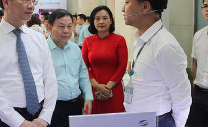 Bộ trưởng Nguyễn Mạnh Hùng: Mỗi người có 1 smartphone, mỗi nhà 1 đường cáp quang tốc độ cao