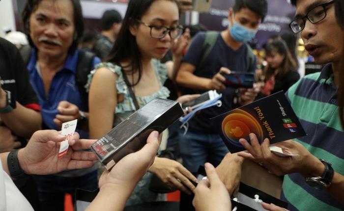 FPT Shop vừa giảm đến 4 triệu, vừa tặng dung lượng 5G miễn phí cho iPhone 12 Series