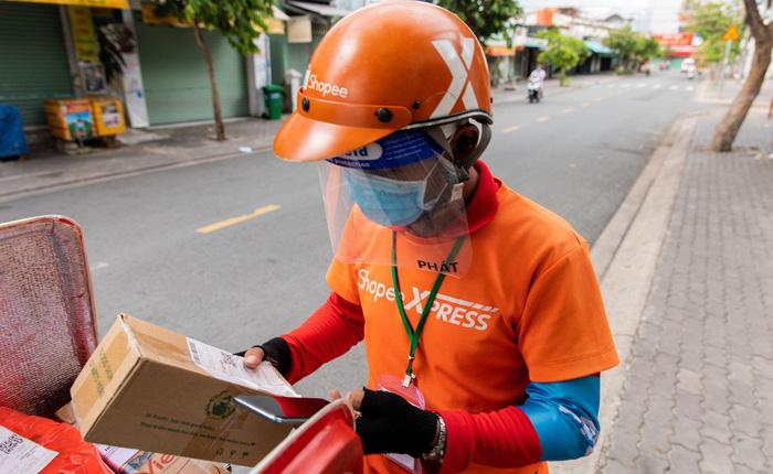 Shopee nỗ lực giao hàng trong giãn cách tại TP HCM và các khu vực