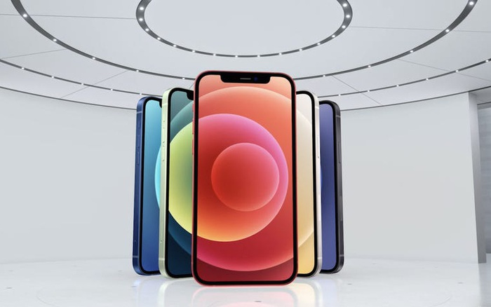 Trong ngày đầu tiên, số đơn đặt hàng iPhone 12 đã cao gấp đôi so với iPhone 11, người dùng quan tâm nhất đến iPhone 12 Pro