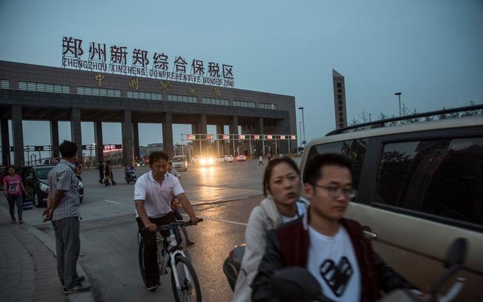 Ngồi soi chất lượng không khí ở các thành phố Trung Quốc, chuyên gia Mỹ quả quyết sản lương iPhone 12 tăng
