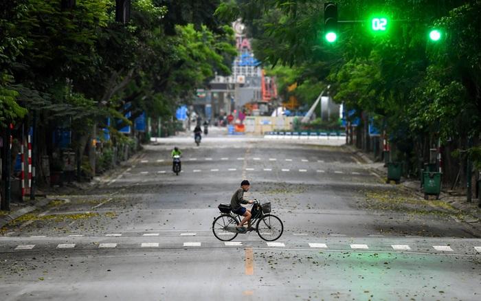 Người Việt đã thực sự hạn chế tới nơi công cộng mùa dịch COVID-19 hay chưa: Những số liệu sau của Google...