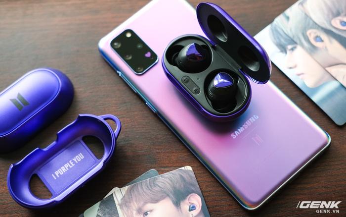 Mở hộp tai nghe Galaxy Buds+ phiên bản BTS: Hộp sản phẩm to bất ngờ, bóc mỏi tay mới biết có nhiều quà kèm...