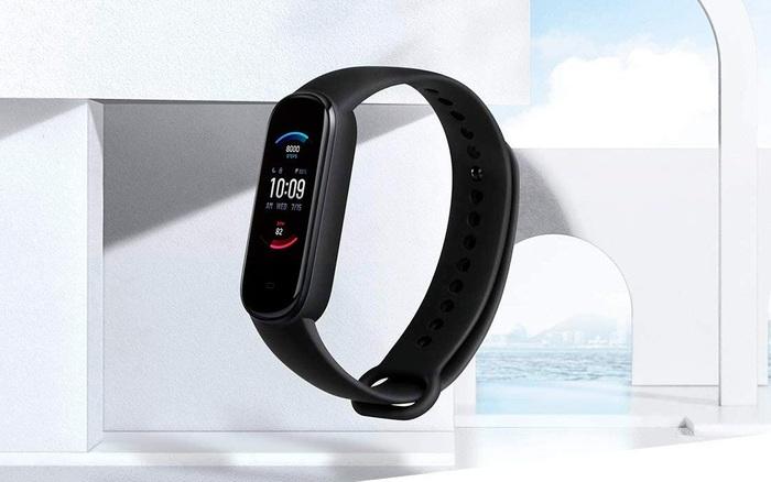 Xiaomi ra mắt Amazfit Band 5: Đo Oxy trong máu như Apple Watch Series 6, giá 1 triệu đồng